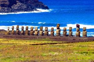 Visit Easter Island (Rapa Nui), Chile (UNESCO site)